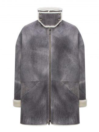 Oversize-Man-Fur-Front