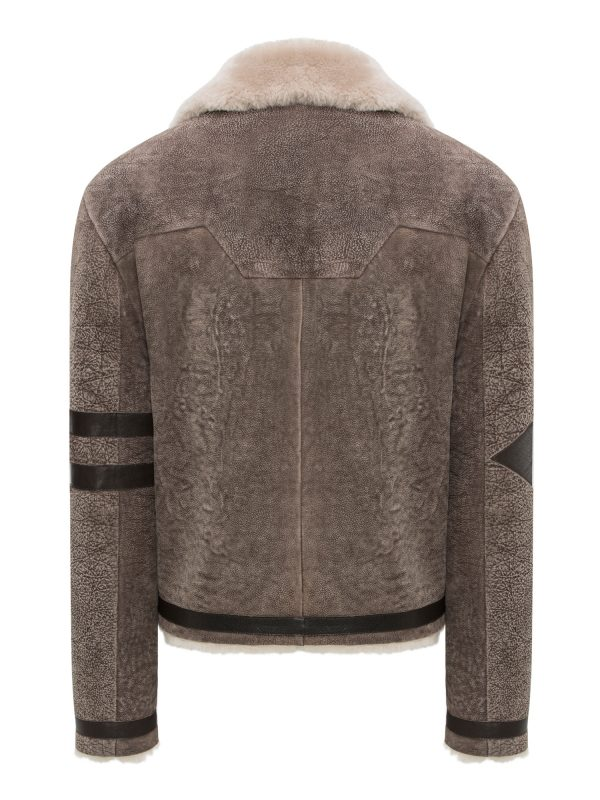 Slim-Fit-Man-Fur-Back